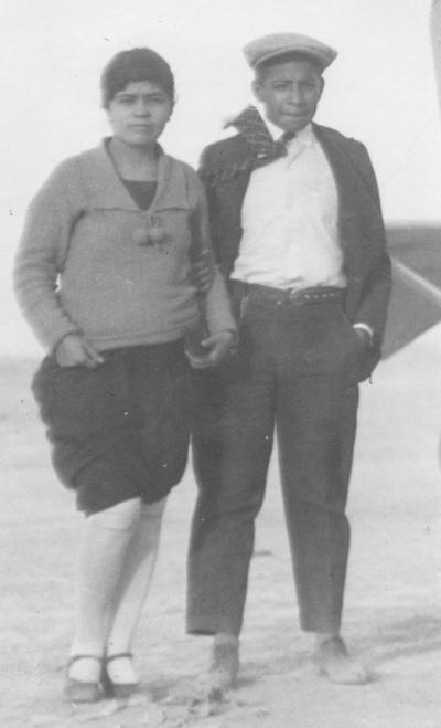 08042018 Aurora Ibáñez y Arturo Vázquez en 1937.