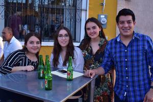 09042018 Brenda, Lucía, Salma y Adrián.
