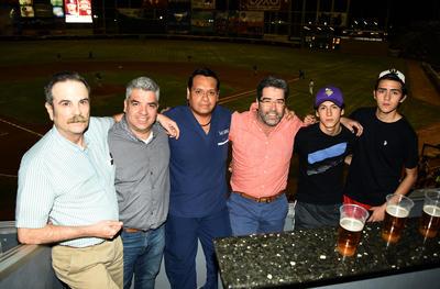 12042018 Manuel, Alberto, Carlos, Raúl, Raúl Jr. y Diego.
