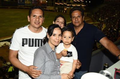 12042018 Ricardo, Iván, Diana, Itzel y Santiago.