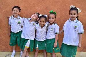 13042018 Dominic, Carla, Luciana y Ángely.