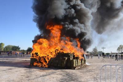 La 'quema' fue realizada en un campo de tiro, esto para evitar molestar a la ciudadanía.