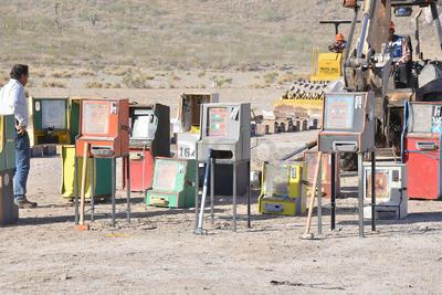 Las famosas máquinas tragamonedas fueron destruidas debido a no presentar permiso para ser utilizadas.