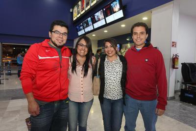 Reyna, Fanny, José Luis y Avimael.