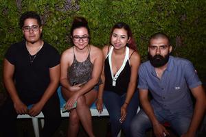 16042018 Daniel, Pilar, Sara y Joshua.