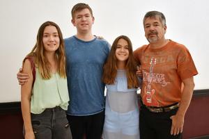 17042018 Paulina, Néstor, Ariana y Miguel.