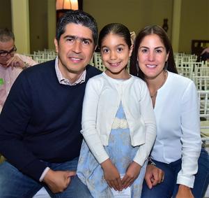 18042018 Marcelo, Gaby y Regina.