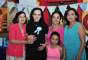 18042018 FIESTA DE CANASTILLA.  Cecilia Espinoza Santana en el baby shower que se le organizó con motivo del nacimiento de su bebé, al que llamará Luis Carlos.