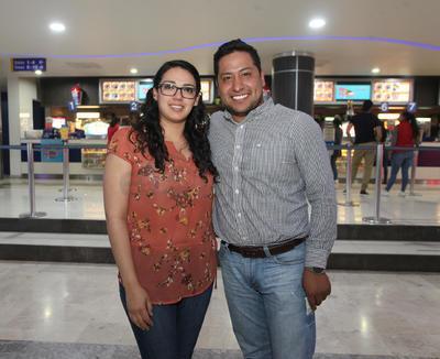 Pamela y Jonathan.