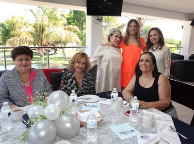 Baby shower en honor de Anahí Lara de Soto