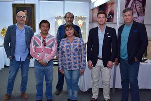 21042018 EVENTO DE ANTIGüEDADES.  Rubén, Víctor, María Isabel, Armando, Felipe y Federico.