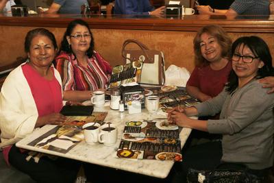 Alma, Yolanda, Mina y Mague.
