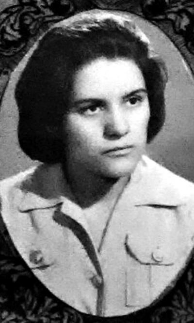 """22042018 Graduación de Margarita Mtz. de la Academia Comercial """"Issac Pitman"""" de Gómez Palacio, Dgo. en el año 1961"""