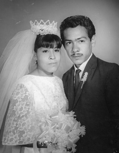 22042018 Sra. Ma Elena Marín y Carlos Gutiérrez el día de su enlace nupcial celebrado el 21 de abril de 1968.