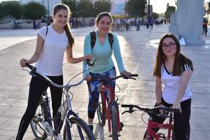 23042018 Karla, Cinthya y Paula.