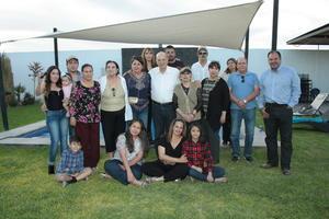 22042018 CUMPLE UN AñO MáS.  Dr. José Javier Orduna celebró sus 79 años de edad, junto asus familiares procedentes de Mazatlán, Sinaloa.- Dr. de Lara