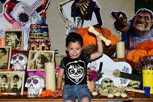 25042018 APAGA CUATRO VELITAS.  Gerardo disfrutó de una divertida fiesta de cumpleaños organizada por sus papás, Gerardo del Castillo y Claudia Ramírez de Del Castillo.
