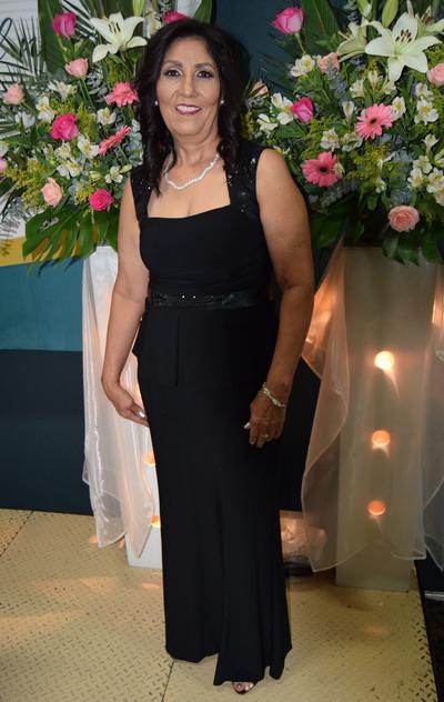 26042018 La maestra Consuelo Rodríguez Dávila cumplió 40 años de servicio.