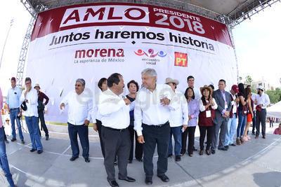 El candidato a la República, Andrés Manuel López Obrador estuvo en Torreón.