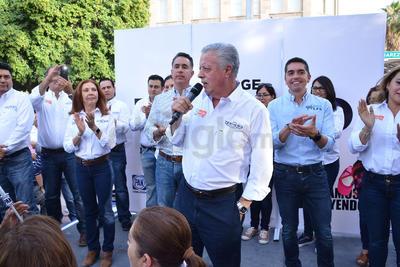 Jorge Zermeño Infante arrancó la carrera por la reelección como alcalde de Torreón por el período 2019-2021.