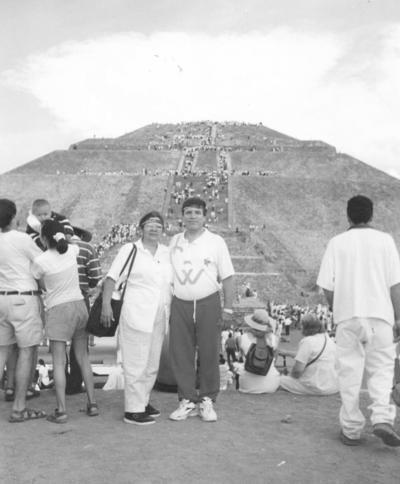 29042018 Guille y Roberto en las pirámides de Teotihuacán.