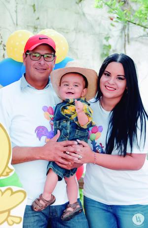 29042018 Allie Colunga y la pequeña Bárbara en sesión de fotos para Flavio Becerra.