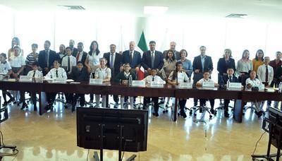 La mañana de este lunes sesionó el Cabildo Infantil en el Ayuntamiento de Torreón.