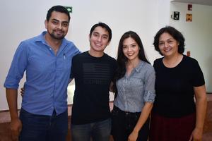 01052018 Javier, Laura y Mariel.