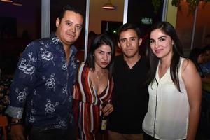 02052018 CELEBRA SU CUMPLEAñOS.  Grethel Romo acompañada de Jorge, Cindy y Antonio.