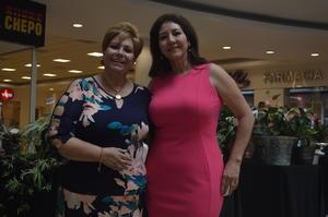 02052018 EN RECIENTE EVENTO.  Marisa y Susy.