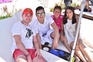 Alejandro  Roberto  benjamin y Paulina