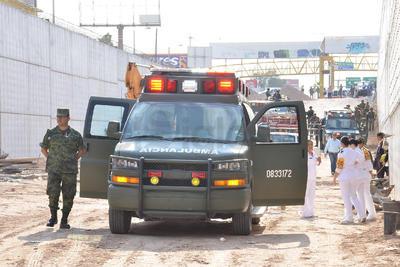 También efectivos del Ejército Mexicano se dieron cita en el lugar para activar el plan DN-III y descartar alguna situación de mayor riesgo.