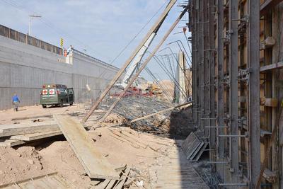 Respecto al rubro de seguridad se indicó que la obra ha contado con todas las medidas de seguridad en su ejecución, y por ello se han construido 28 muros sin haberse presentado ningún desprendimiento de taludes en los cortes de las excavaciones.
