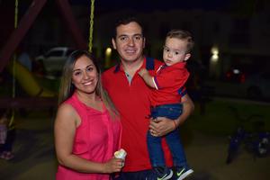 05052018 Carolina, Emilio y Emilio.