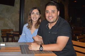 05052018 CONTENTOS.  Daniela y Fernando.