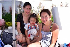 06052018 FIESTA EN LA ALBERCA.  Daniela, Mina y Brenda.