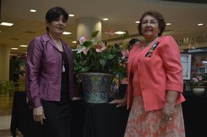 07052018 EVENTO DE JARDINERíA.  Ángeles y María Elena.
