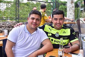 06052018 Alfredo y Ángel.