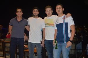 08052018 ENTRE AMIGOS.  Roberto, David, Paco y Jaime.