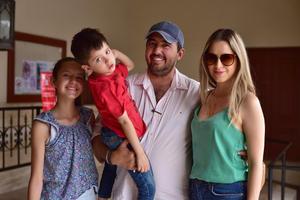 08052018 María Emilia, Luis Carlos, Luis Carlos y Miriam.
