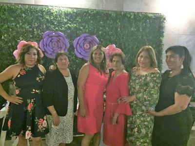 10052018 Lupita Castro, Victoria López, Elizabeth Castro, Guadalupe López, Teresa Castro y Angelica Rodríguez.