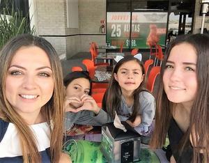 10052018 Claudia, Barby, Sofi y Deby.