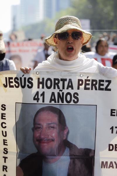 En el Ángel de la Independencia, Amnistía Internacional se pronunció sobre las desapariciones en el país.