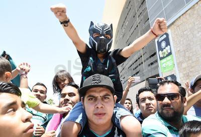 Con cántico y porras, los Guerreros salieron de Torreón en la búsqueda de su pase a la gran final del Clausura 2018 de la Liga MX.