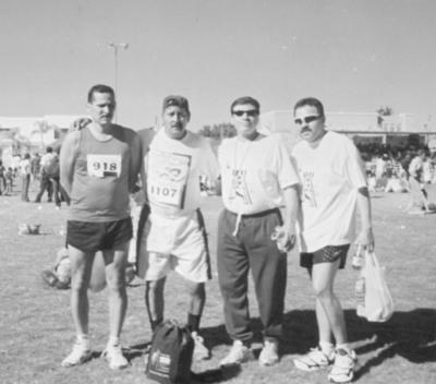 13052018 Víctor Salas, Manuel Flores, Roberto de Anda y Enrique Romero después de correr medio maratón del Campestre.