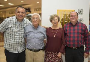 14052018 Guillermo de Ávila, Hermano Rubén Samano, Aurorita Máynez y Hermano Arturo Dávila.
