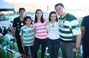 13052018 Miguel, Jacobito, María Teresa, Mayte y Yaco.