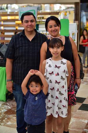 14052018 David, Idalia, Melissa y Ernesto.