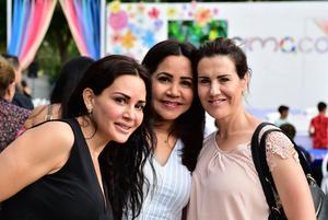 Alejandra  Adriana y Charlene