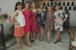 Lupita Valdez  Patricia Orozco  Marian Aguilera  Claudia Rimada  Claudia de Santiago y Margarita Galindo